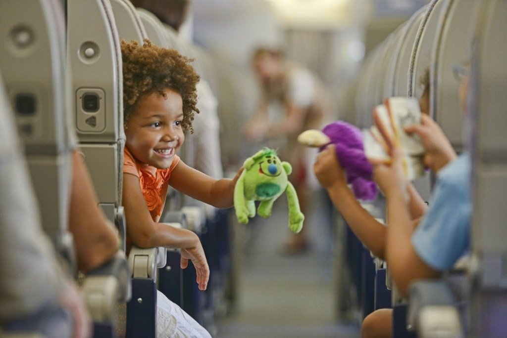 tips for flying with small children