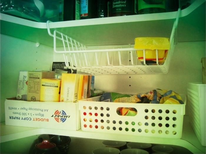 11 best home organising tips - shelf storage | Sacraparental.com