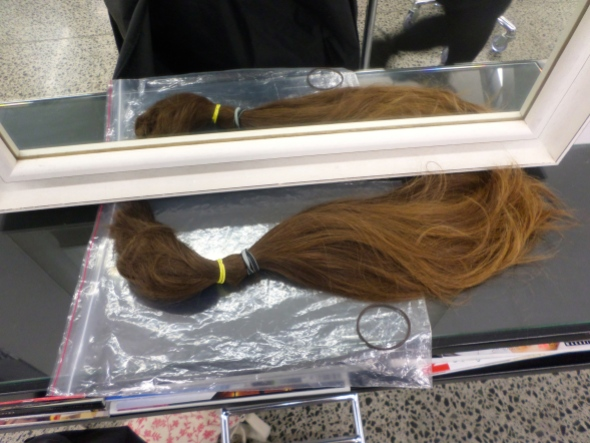 Giving my hair to Beautiful Lengths to be made into a wig    Sacraparental.com